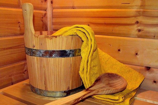 Jak dobrze zasnąć - sauna przed spaniem